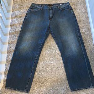 Men's lucky brand jeans!